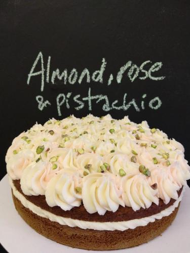 Almond rose and pistachio cake